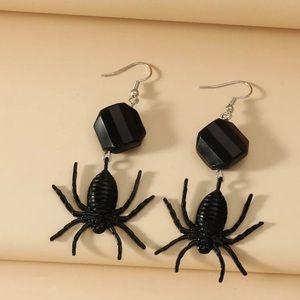 🕷 Spider Dangle Earrings 🕷